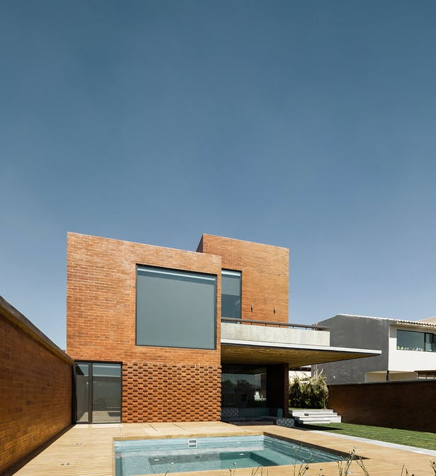 Casa CAF by Estudio MMX