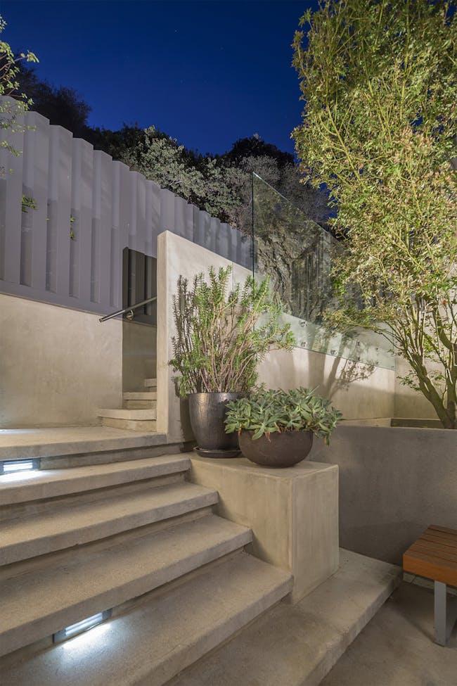 Canyon House in Los Angeles, CA by Aaron Neubert Architects; Photo: Brian Thomas Jones