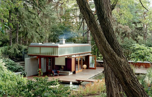 Ravine Guest House by Shim-Sutcliffe Architects. Image © RAIMUND KOCH/Courtesy of RAIC