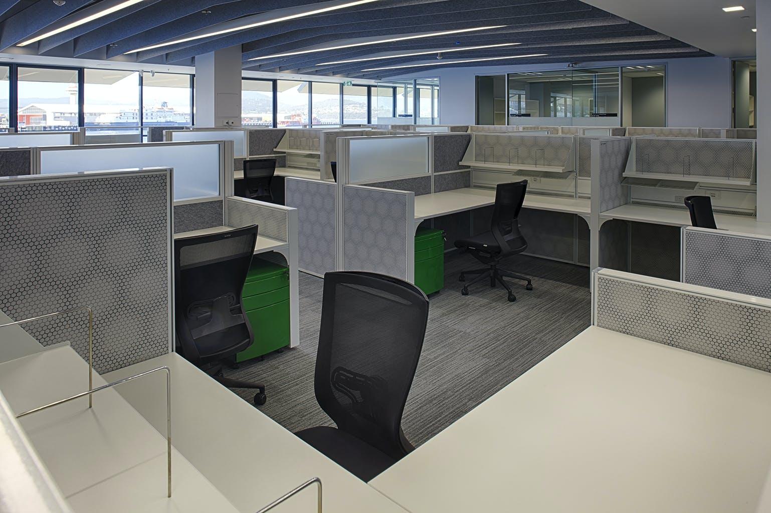 imas project workstations actiu furniture bentley house