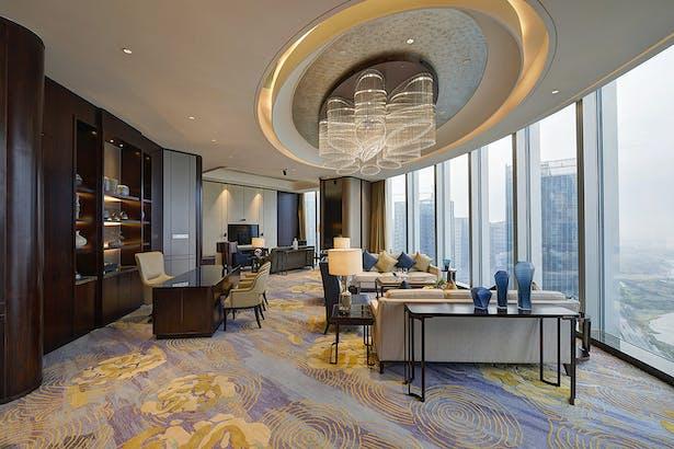 Shangrila-Hotel Yiwu - Suite Room