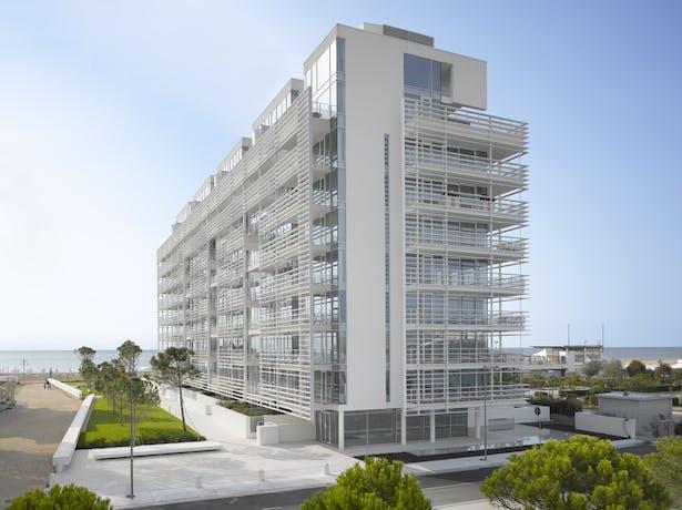 Jesolo Lido Condominium - Copyright Roland Halbe