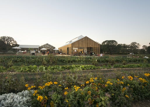 Architecture Citation: The O'Donohue Family Stanford Educational Farm. Honoree: CAW Architects, Inc. Photo: John Sutton.