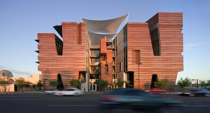 Health Sciences Education Building, Phoenix Biomedical Campus, Phoenix, AZ. Photo: Bill Timmerman.