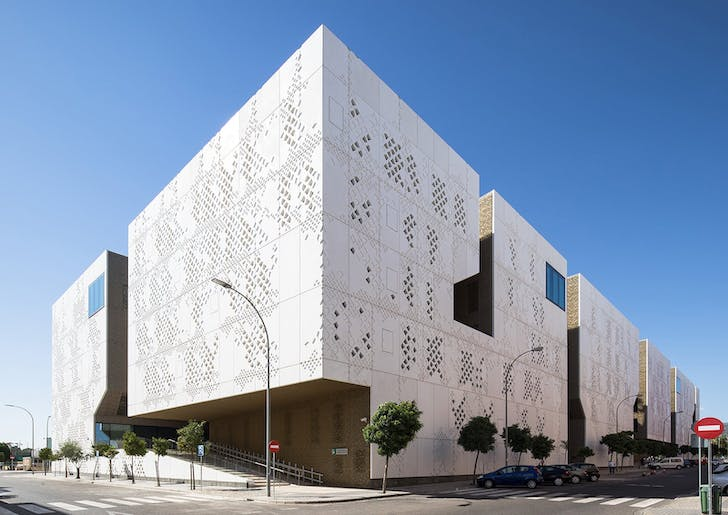 Palace of Justice by Mecanoo, located in Cordoba, Spain. Photo by Fernando Alda.