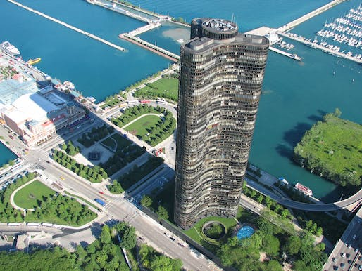 Aerial photo of Lake Point Tower, surrounding parks and Navy Pier. Photo: Bart Shore, via Lake Point Tower Flickr