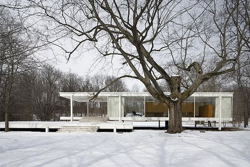 Farnsworth House, via Wikipedia.