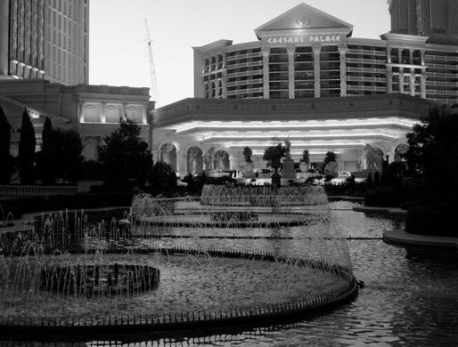 """Caesars Palace Hotel and Casino designed by architect Alan Lapidus. Image © dbking/<a href=""""https://flic.kr/p/4dKL3V"""">Flickr</a> (CC BY 2.0)"""