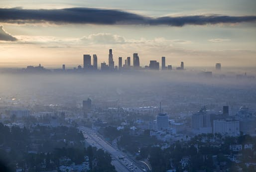 Los Angeles smog. Image © Walter Bibikow - Getty Images/AWL Images RM