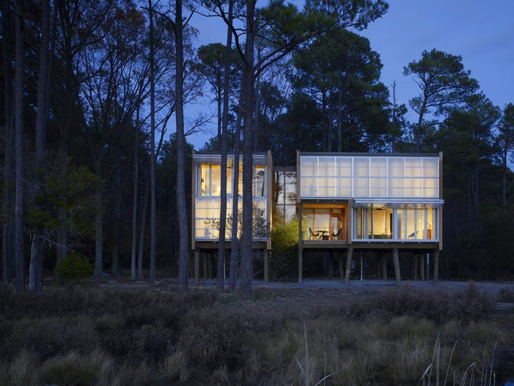 Loblolly House is an off-site fabricated home in the Chesapeake Bay that took just six weeks to construct. Photo © Halkin Photography LLC/Barry Halkin.