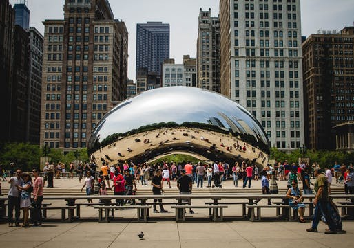 Kapoor's Cloud Gate at Millenium Park in Chicago.