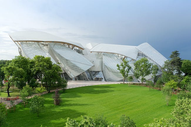 FONDATION LOUIS VUITTON - Paris, France. Designed by Frank Gehry and Gehry Partners. Photo: Iwan Baan.