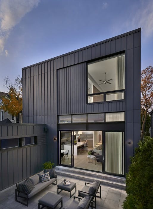 Eastwood Residence by Searl Lamaster Howe. Photo: Tony Soluri.