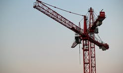 Families sue following Google site crane collapse in Seattle last year