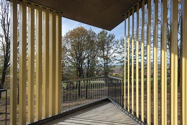 Aluminium louvers rotate to create shaded areas in the large verandas.@Tino Gerbaldo