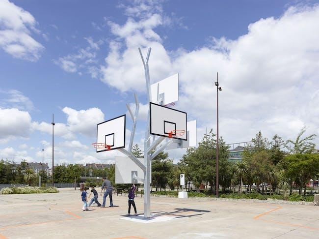 arbre à basket in Nantes, France by a/LTA architectes (Photo: S. Chalmeau)