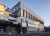32 on Kloof by dhk is a hybrid of heritage and contemporary architecture