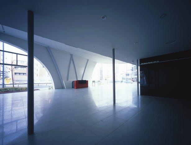 1F Showroom View 2