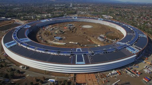 Still from the latest drone construction video of Apple's 'Spaceship Campus' in Cupertino. (Image: Matthew Roberts on YouTube)