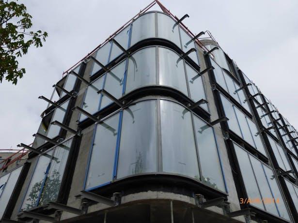 Installation of the double-skin facade