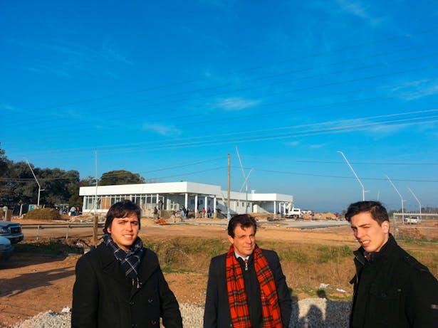 Jorge, Estéfano y Duccio working on build the UPA, Rene Favaloro Intermediate Hospital. July 2015