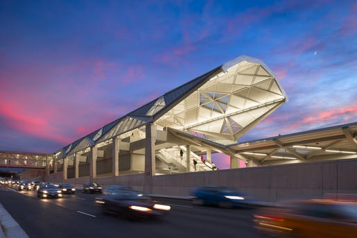Dulles Corridor Metrorail. Image © Dulles Corridor Metrorail. Image © Joseph Romeo Photography. Courtesy of di Domenico + Partners, LLP