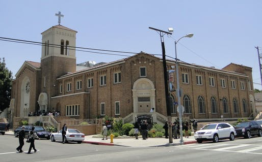 The Second Baptist Church in Los Angeles, designed by Paul Revere Williams in 1926. Image courtesy of Wikimedia Commons / Cbl62.