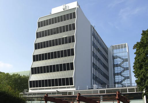 The 1960s Renold Building at the University of Manchester is at risk of demolition due to planned redevelopment. Photo: Wikimedia Commons user Thedmcmeister.