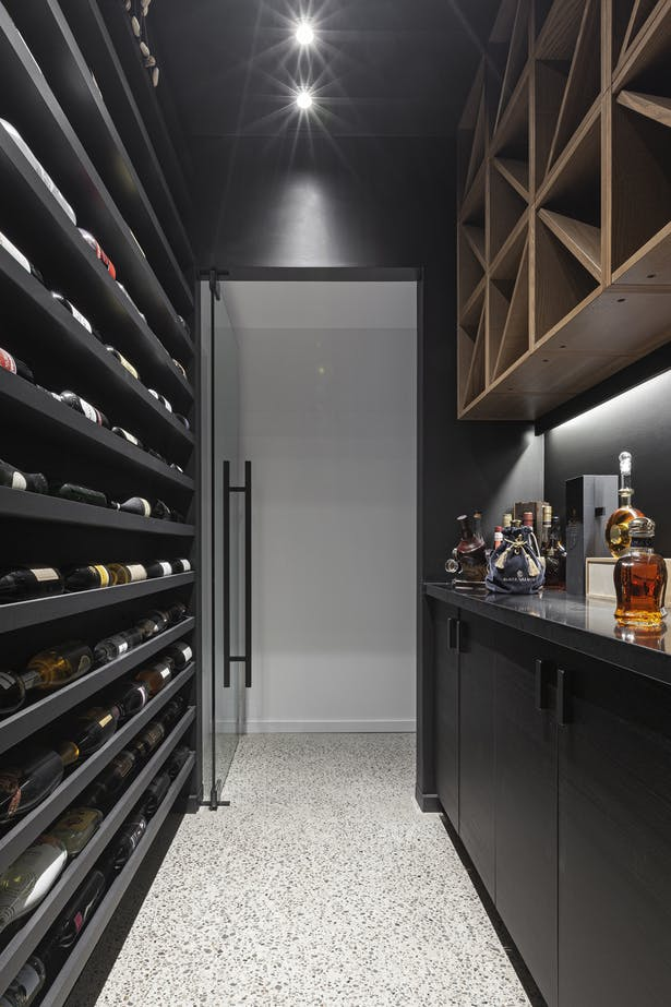 rzlbd / Out(side)In House / wine cellar