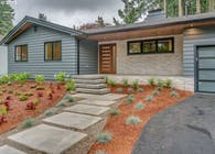 4750 UPPER Dr Lake Oswego, OR 97035