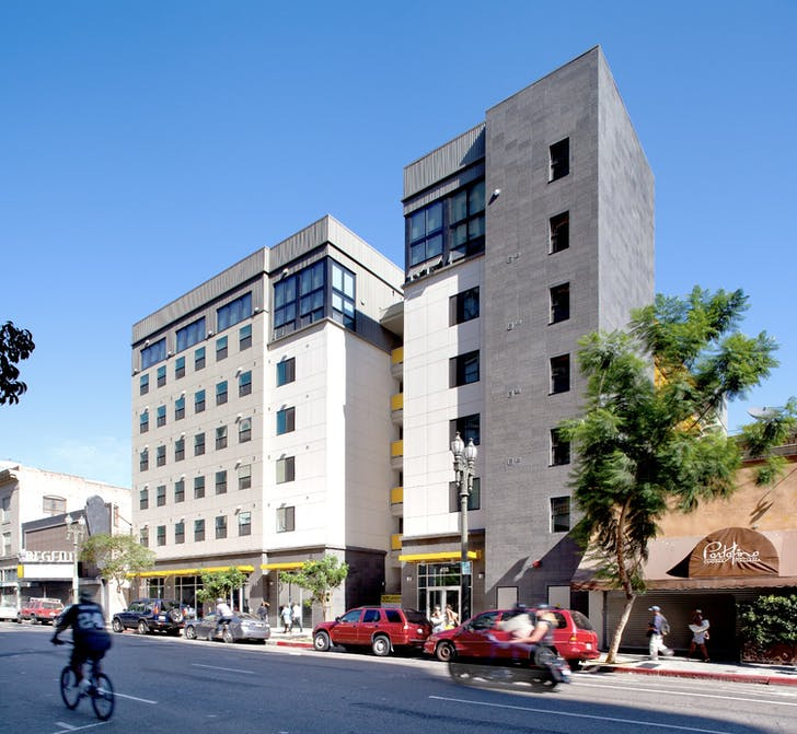 New Genesis Apartments located downtown. Design by Killefer Flammang Architects. Image Courtesy of SRHT.