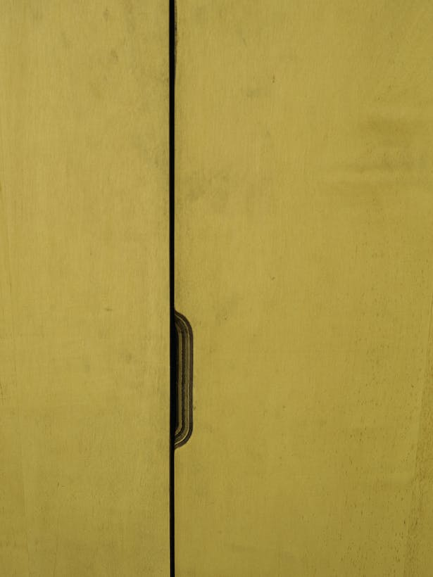 Detail, door pull at conference room, photo by Carlos Domenech