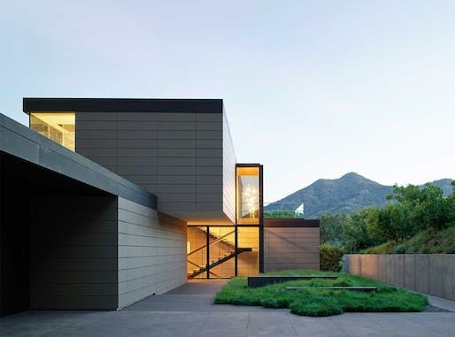 Single-Family Residential – Large (5,000 square feet and up) - Honor: Spring Road (Ross, CA) by Ehrlich Yanai Rhee Chaney Architects. Photo: Matthew Millman.