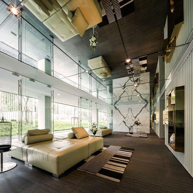 Via 31 in Bangkok, Thailand by Somdoon Architects Limited SdA; Photo: W Workspace