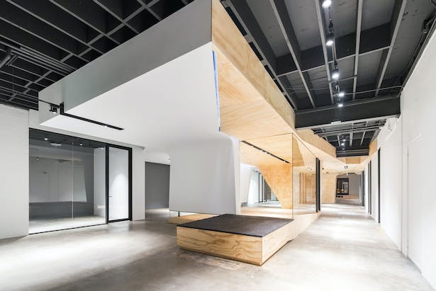 lobby - conference room