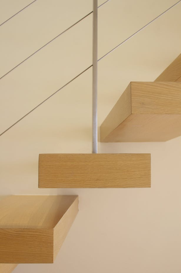 Detail of cantilevered stair