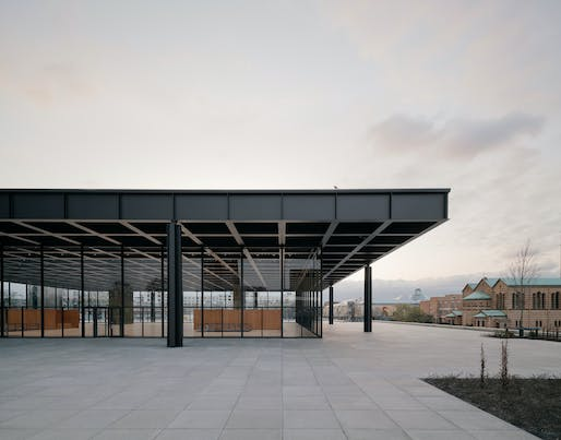 Shiny again: after nearly five deacdes of intensive use, Mies van der Rohe's Neue Nationalgalerie in Berlin received a comprehensive refurbishment. © Simon Menges