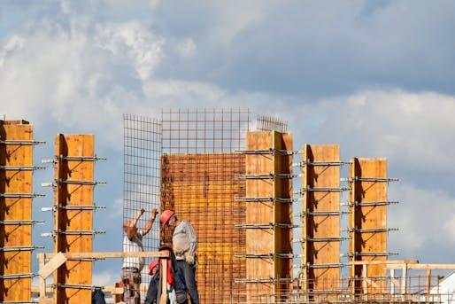 "Photo: Bicanski/<a href=""https://pixnio.com/media/constitution-construction-worker-workplace-architecture-building#"">Pixnio</a>"