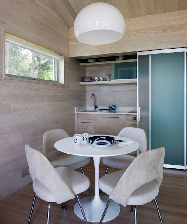 Cottage kitchenette photo H+J Architects
