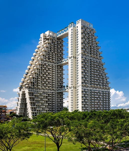 SkyHabitat by Safdie Architects, located in Singapore. Image: Edward Hendricks.