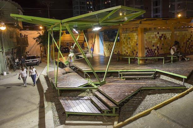 Pinto Salinas - Night [oficina lúdica+pkmn architectures]