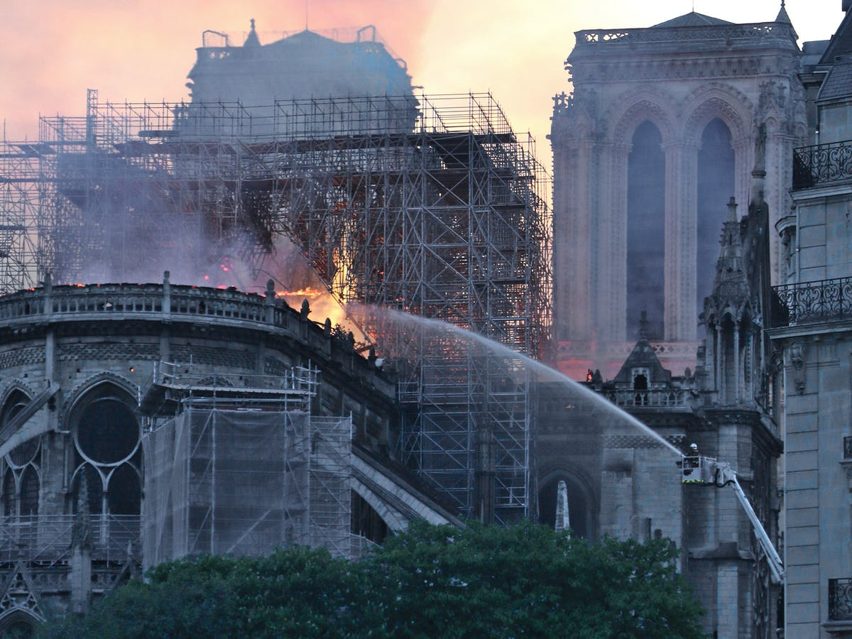 Norman Foster S Thoughts On The Notre Dame Cathedral
