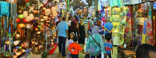 The Grand Bazaar in Istanbul is one of the largest covered markets in the world, and one of the most popular tourist attractions in the Turkish metropolis. (Caption: Der Spiegel; Photo: Hasnain Kazim)
