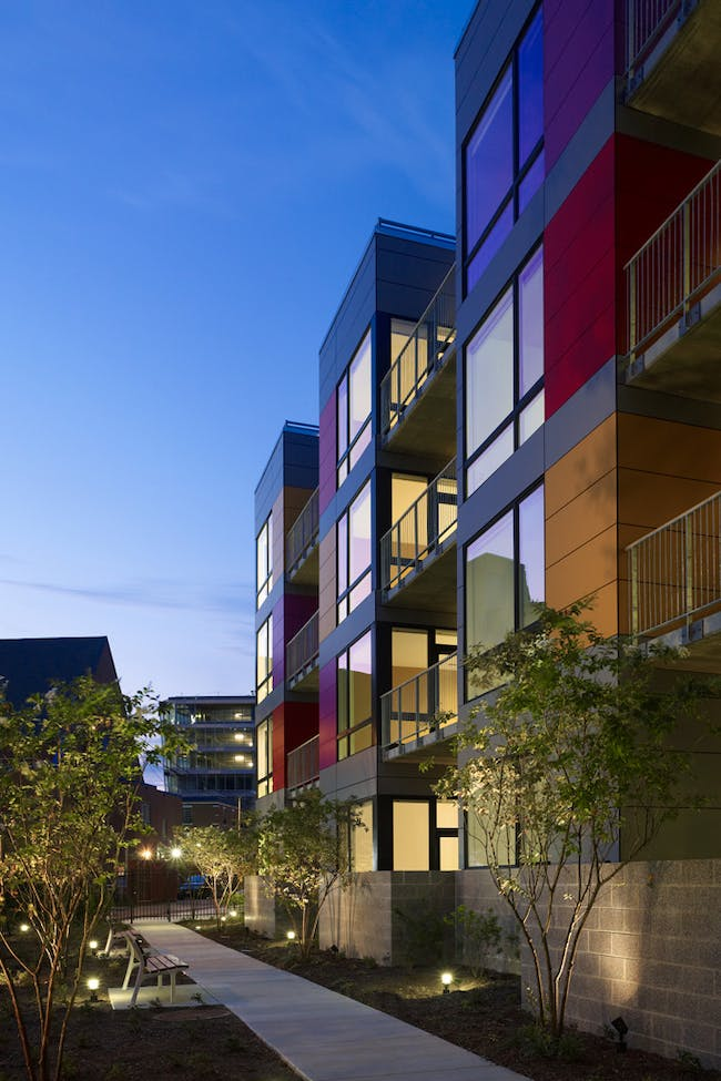 In Living Color in Washington, D.C. by Suzane Reatig Architecture