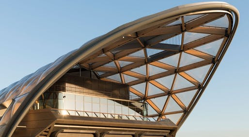​Image: Foster+Partners Crossrail Place © New London Award Transport Winners 2016
