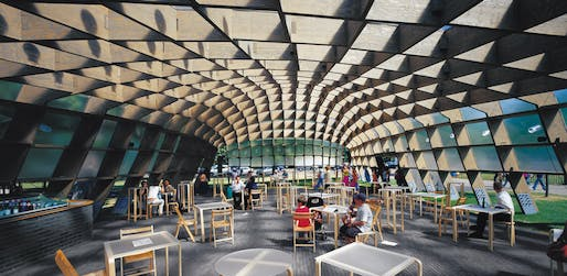 Serpentine Gallery Pavilion 2005 by Álvaro Siza, Eduardo Souto de Moura, Cecil Balmond - Arup. Photo © Sylvain Deleu, Serpentine Gallery Press Archive, TASCHEN.