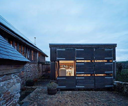 Cob Corner by David Sheppard Architects - Ivybridge, Devon, England. Photo: Joakim Boren.
