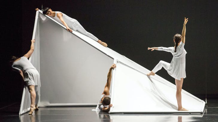 'Tesseracts in Time' at the Jessica Lang Dance Company (photo via Chicago Tribune, credit Todd Rosenberg)
