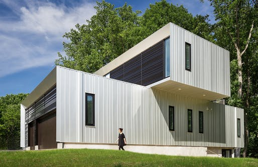 Recipient of 2018 AIA New England Citation Award: Bridge House in McLean, VA by Howeler + Yoon Architecture.
