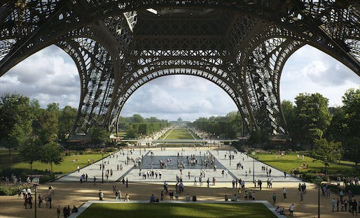 The Eiffel Tower Esplanade © MIR